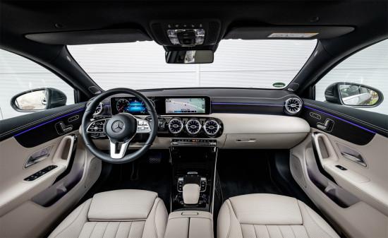 интерьер салона Mercedes A-класса (W177)