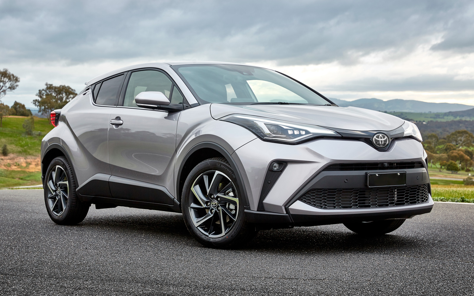 Предстоящие автомобили, на которые стоит обратить внимание в этом 2020 году  Toyota C-HR 2020