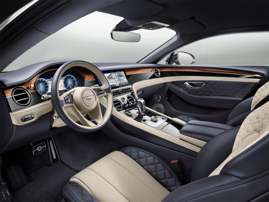интерьер салона Бентли Континенталь GT 3 поколения