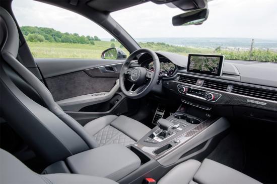 интерьер салона Audi S4 Sedan (B9)