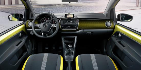 интерьер салона VW up!