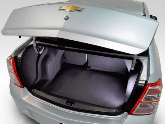 багажное отделение Chevrolet Cobalt