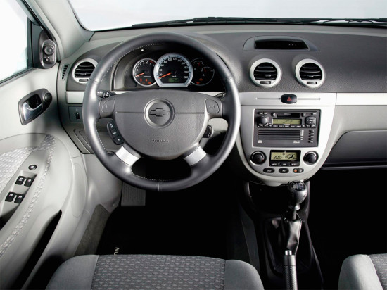 интерьер салона Chevrolet Lacetti Wagon