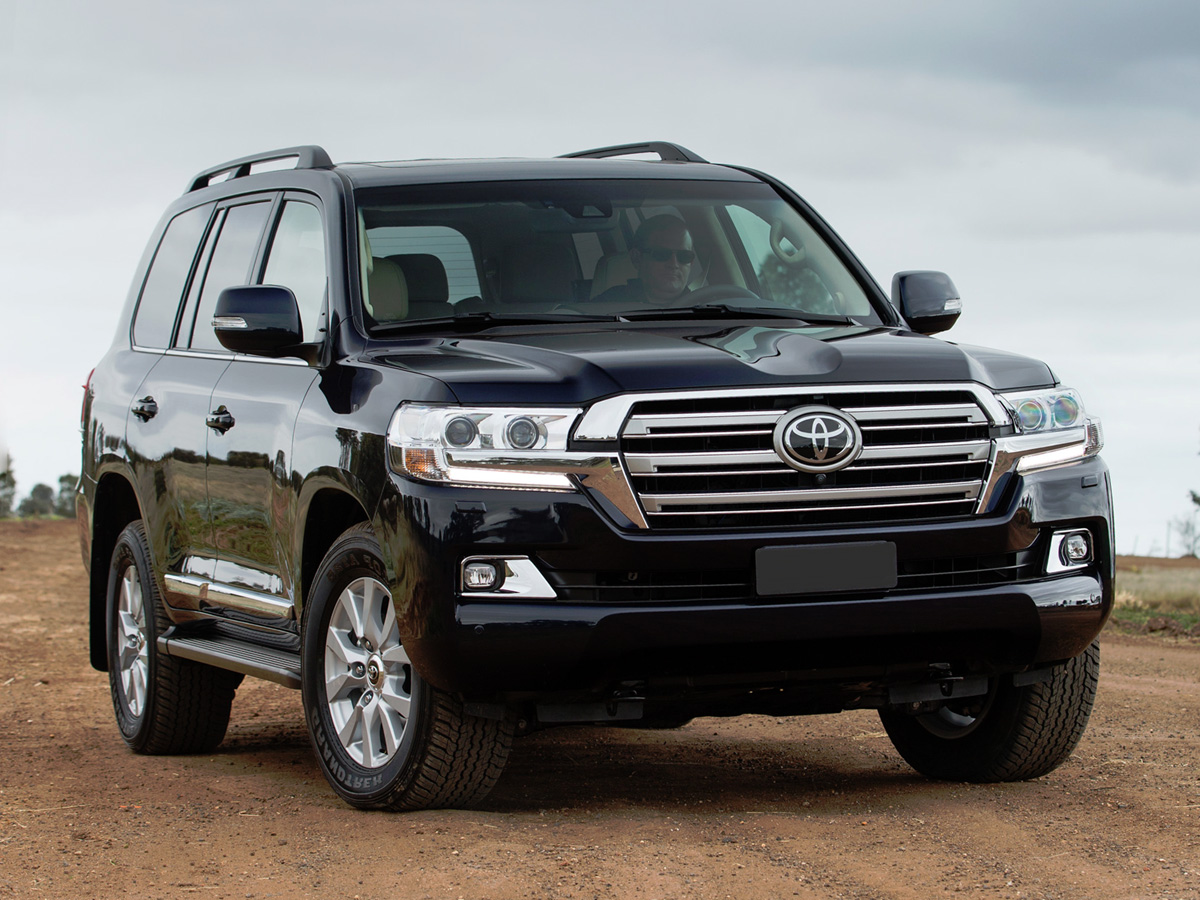 toyota land cruiser 200. Black Bedroom Furniture Sets. Home Design Ideas
