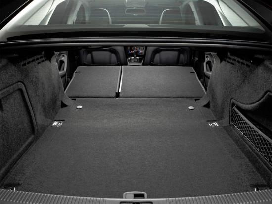 багажное отделение седана Ауди А4