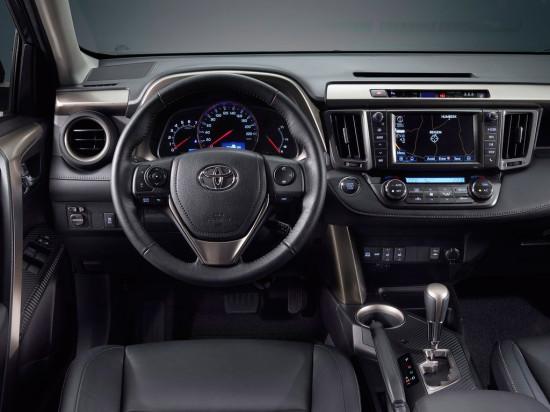 интерьер салона Toyota RAV4 4-го поколения
