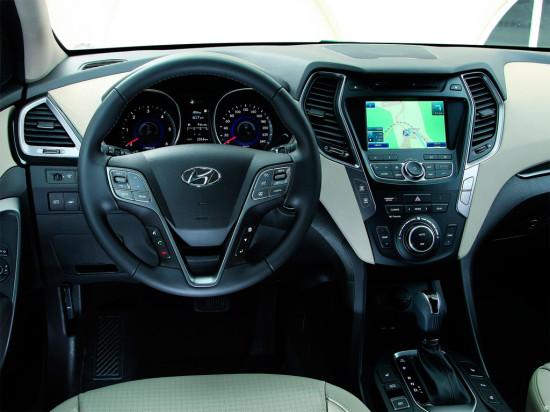 интерьер салона Hyundai Santa Fe 3
