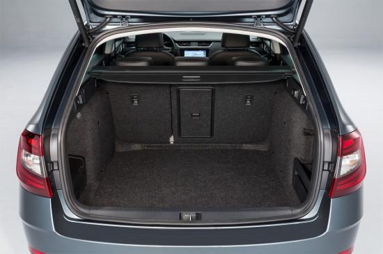 багажное отделение Skoda Octavia 3 Combi