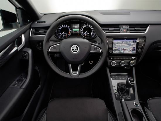 интерьер салона Skoda Octavia RS (5E)
