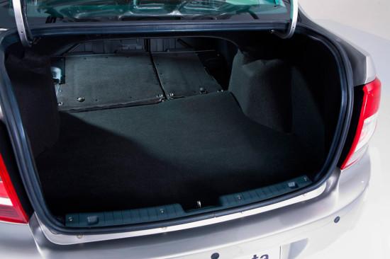 багажник седана Гранта