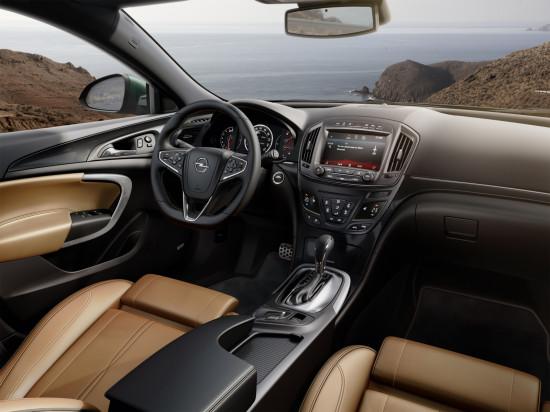 интерьер салона Opel Insignia 1