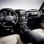 в салоне Mercedes-Benz G-Class