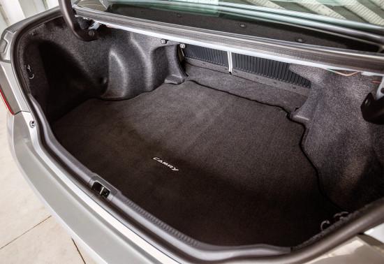багажное отделение Тойоты Камри в 50-м кузове