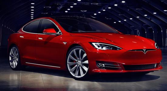Tesla Model S на IronHorse.ru ©