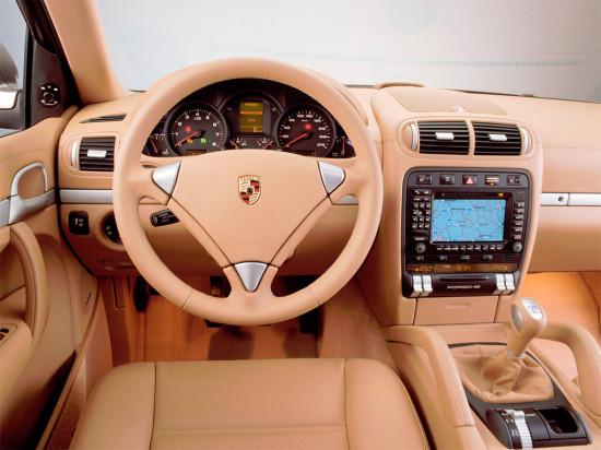 интерьер салона Porsche Cayenne 957