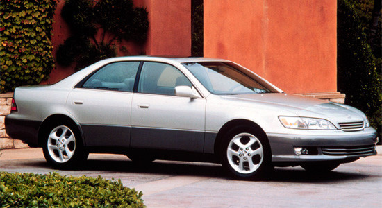 Lexus ES (1997-2001) на IronHorse.ru ©
