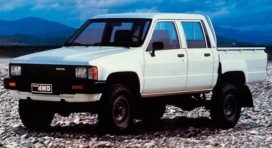 Toyota Hilux (1983–1988) на IronHorse.ru ©