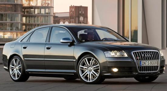 Audi S8 (2005-2009) на IronHorse.ru ©