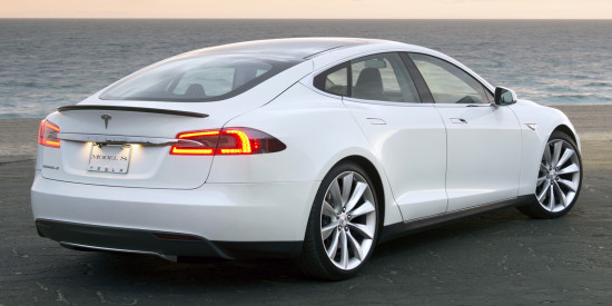 Tesla Model X – обзор, технические характеристики, цена в России
