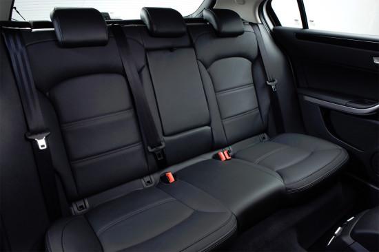 в салоне Qoros 3 City SUV