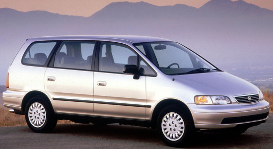 Honda Odyssey 1 (1994-1999) на IronHorse.ru ©