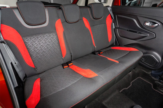задний диван Lada XRAY 50 Anniversary