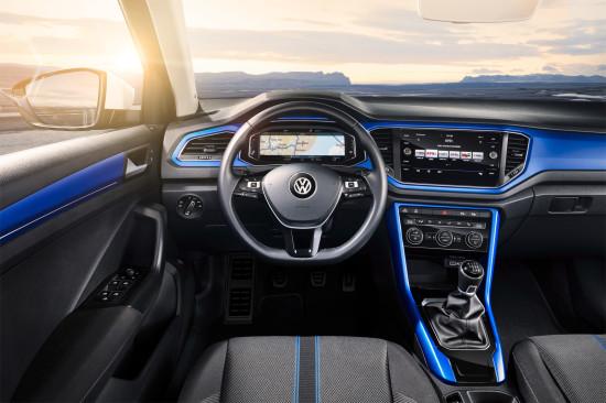 интерьер салона VW T-Roc